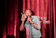 Stockholm Comedy Club för två