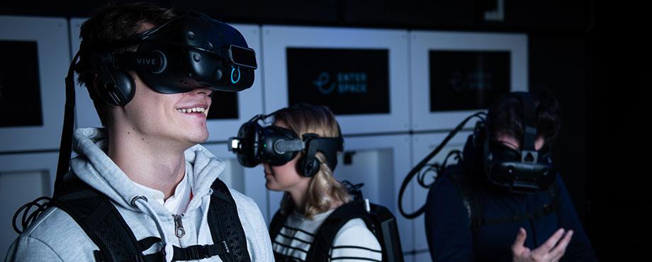 Prova på VR för fyra