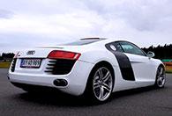 Bankörning med Porsche 911 eller Audi R8