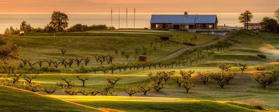 Golf och övernattning
