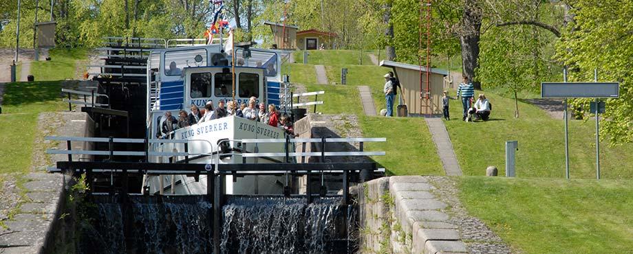 Kryssning på Göta Kanal för två