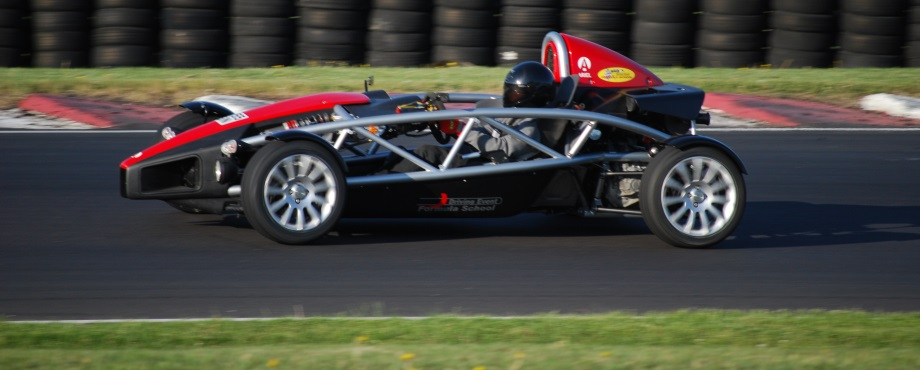 Ariel Atom - Renodlad racing perfekt som upplevelse att ge bort i present.