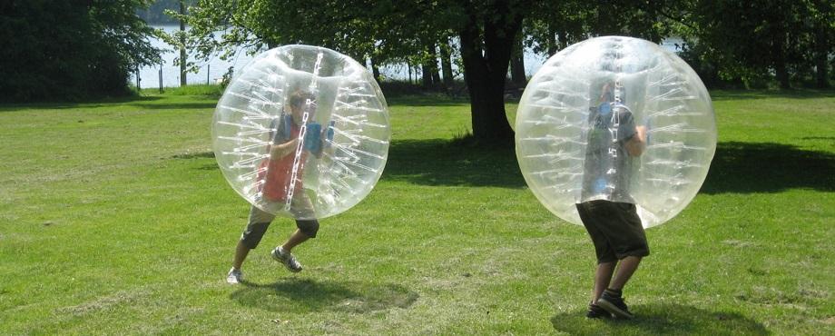 Utmana dina kompisar på en riktig stämningshöjare - Bumperballz Fotboll