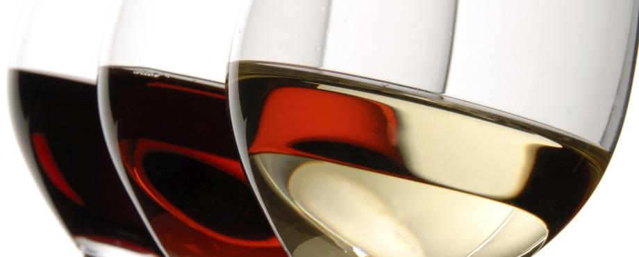Gå på vinprovning. Prova vin. En trevlig present att ge bort