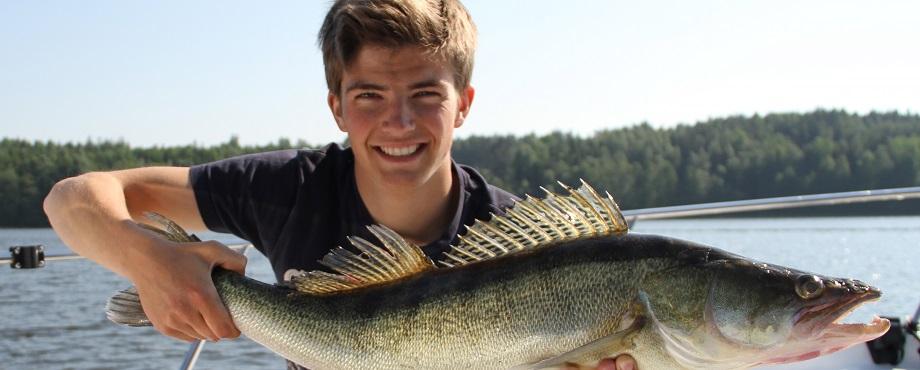 Flugfiske från båt efter gädda och havsöring